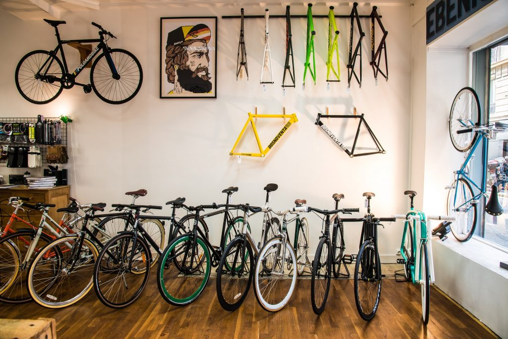 Inside L'Hirondelle Bike Shop │© Courtesy of L'Hirondelle Bike Shop
