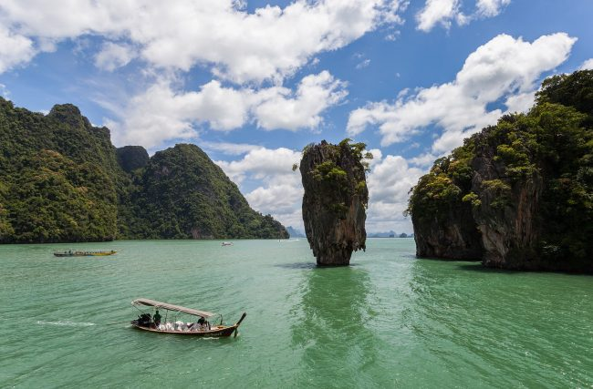 Ko Tapu, Phuket, Thailand (commonly known as James Bond Island) | © Diego Delso/WikiCommons