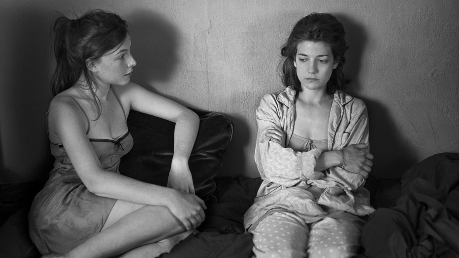 Louise Chevillote (left) and Esther Garrel in 'Lover for a Day' | © SBS Distribution