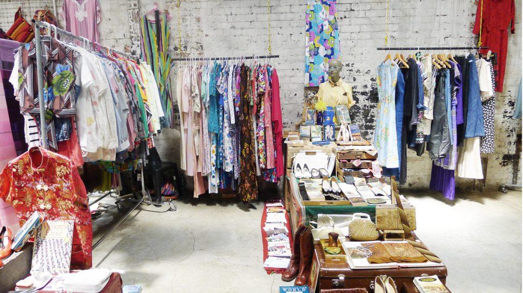 Market on Main designer stand
