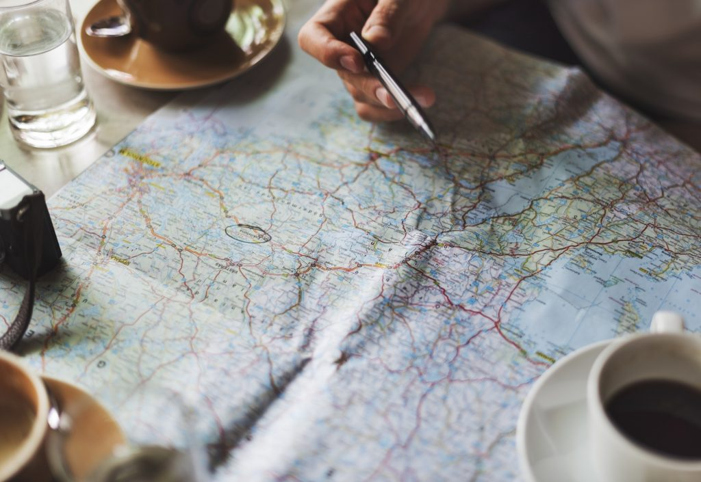 Fewer and fewer Britons are factoring insurance into their travel plans | © rawpixel / pexel