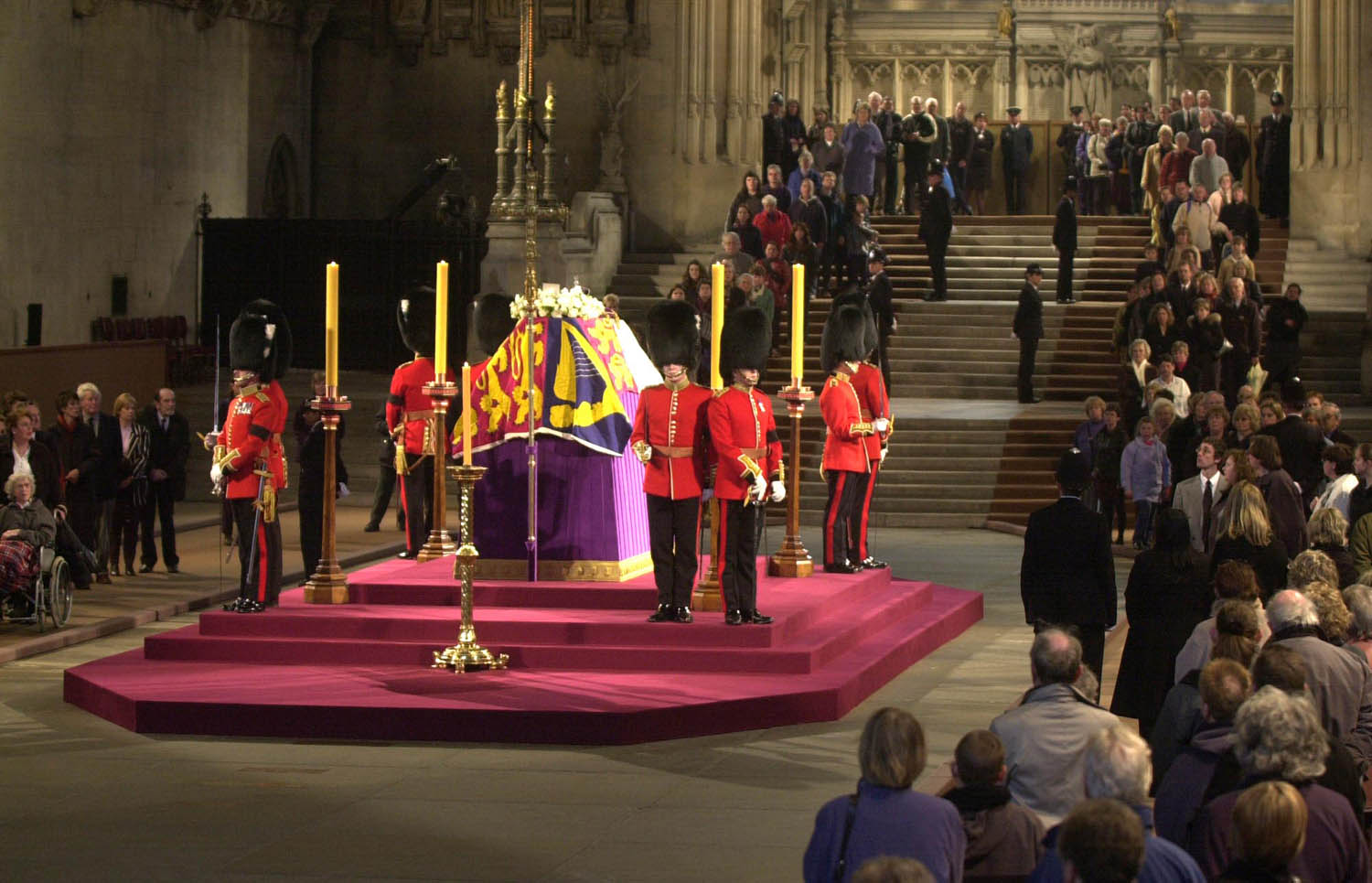 Guards Stand By The Coffin Of Queen Mother Laying In State At Westminster Hall   © Lynn Hilton / Mail On Sunday/REX/Shutterstock