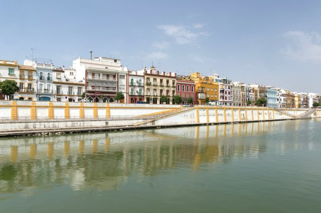 "<a href=""https://pixabay.com/en/seville-spain-harbor-bay-waterway-76957/"">Triana, Seville | © tpsdave/Pixabay</a>"