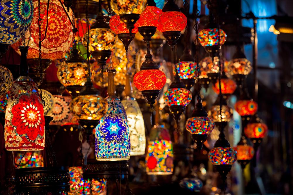Σου βρήκαμε τις φθηνότερες αγορές σε κάθε γωνιά του κόσμου για άφθονα ψώνια! (Photos)