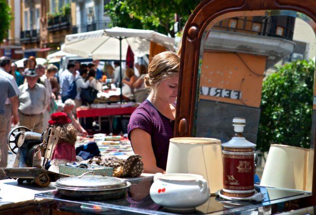 Flea market on Seville's Calle Feria | © AlexMorozov/Shutterstock
