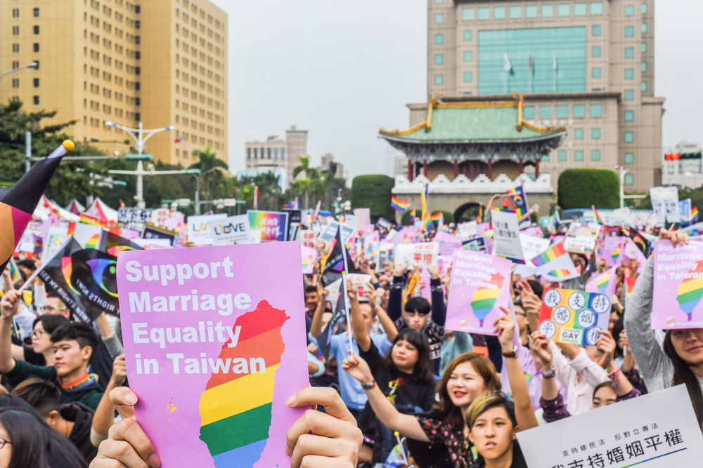 Taiwan Becomes First Asian Country To Legalize Same Sex Marriage-4107
