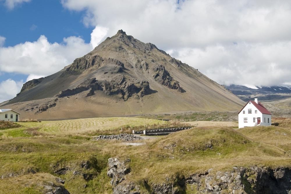 The base of Snaefellsjokull volcano, Iceland | © Israel Hervas Bengochea/Shutterstock