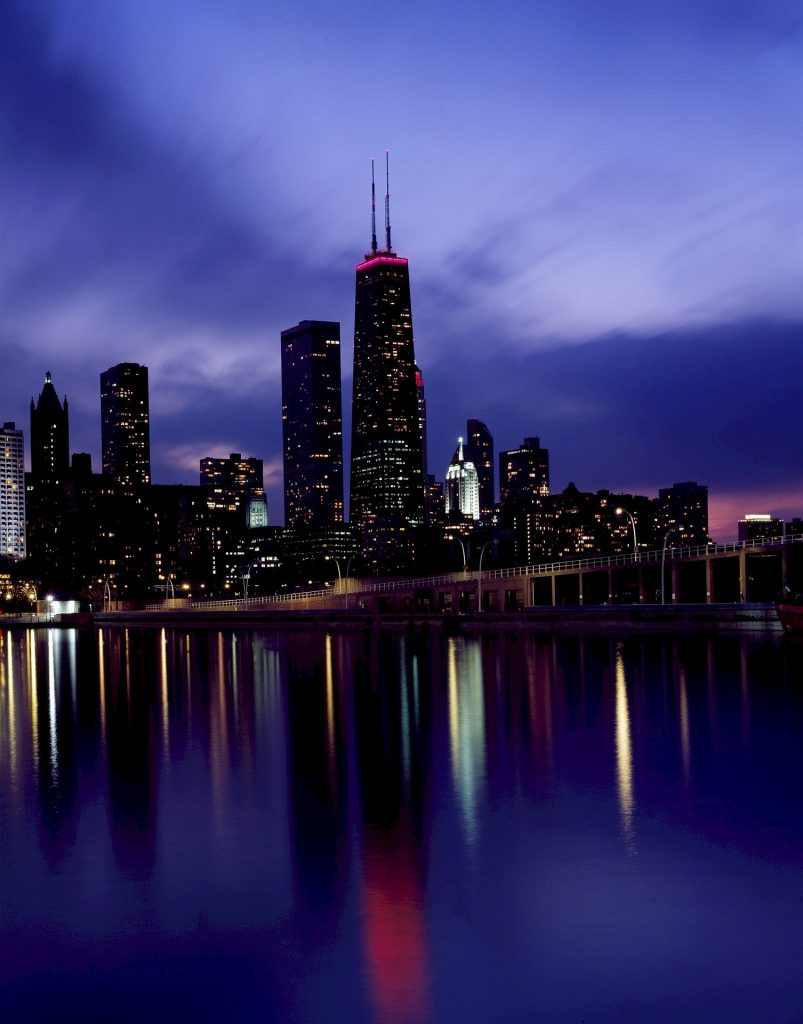 15 Photos That Prove You Really Must Visit Chicago At Night