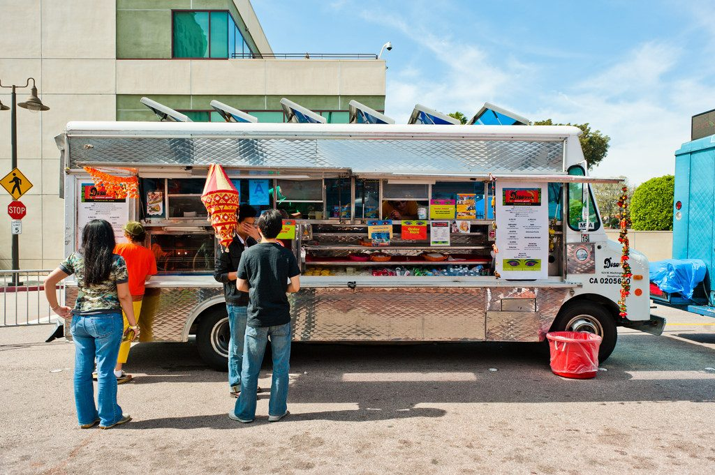 Bring cash for street eats | © star5112 / Flickr