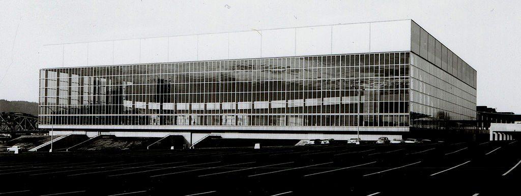 Veterans Memorial Coliseum, 1960   © City of Portland Archives/Wikimedia
