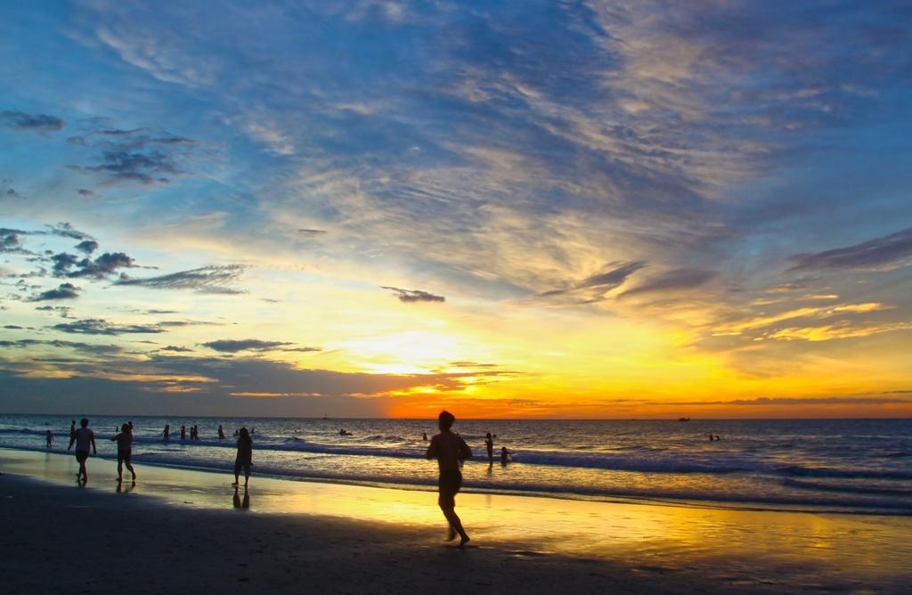 Running on the beach | publicdomainpictures