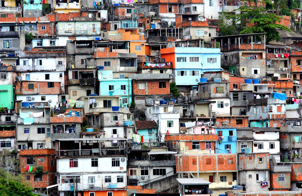 29 million people were lifted out of poverty between 2003 and 2014 in Brazil |© dany13/Flickr
