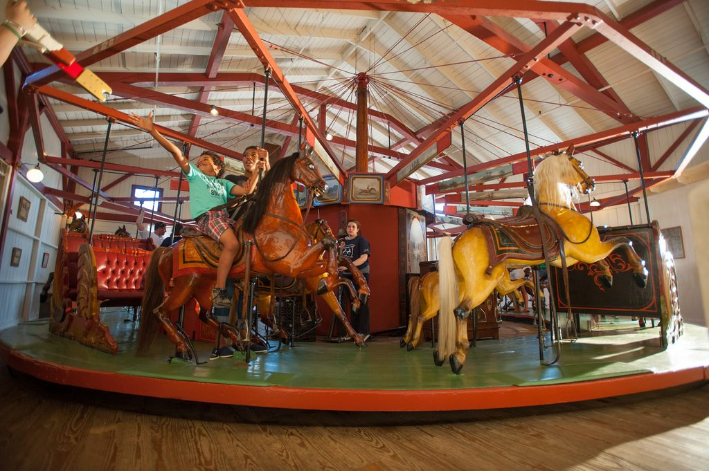 Carousel | © Massachusetts Office of Travel & Tourism / Flickr