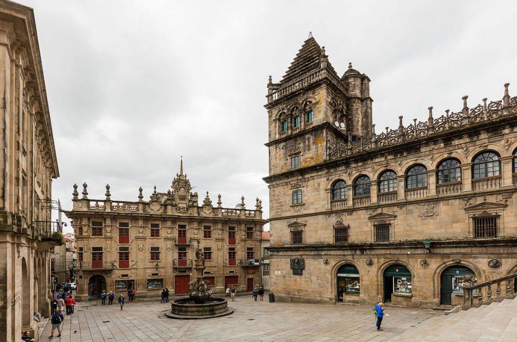 Plaza de las Platerías, Santiago de Compostela | ©Diego Delso / Wikimedia Commons