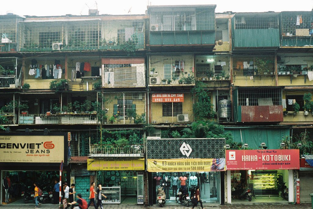A collage of old apartments in Hanoi | © Huong Chi / Flickr