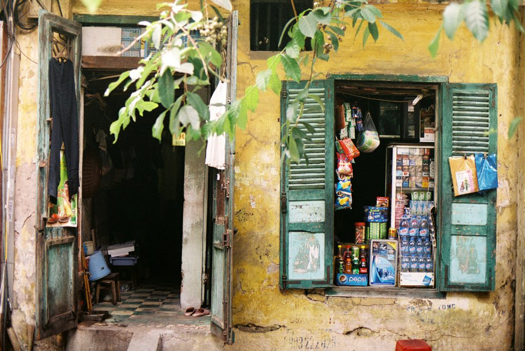 Old grocery shop in Hanoi | © Khánh Hmoong / Flickr