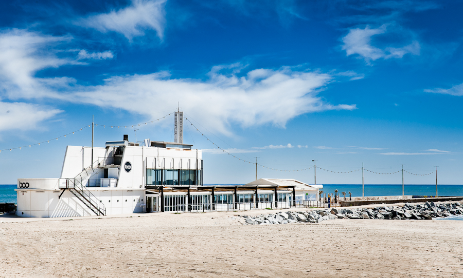The Best Beach Clubs and Bars In Barcelona