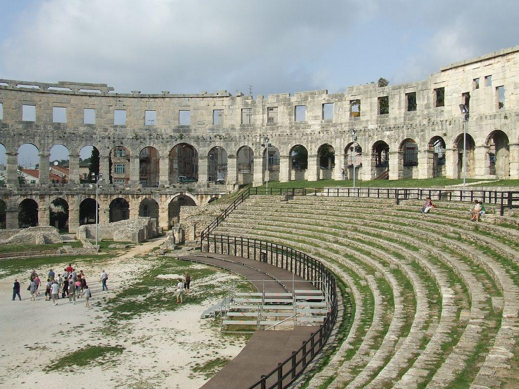 Pula Amphitheatre   © Chris Yunker/Flickr