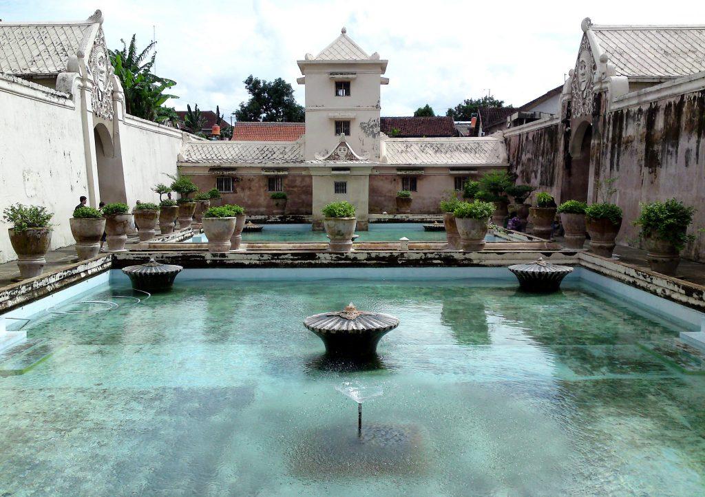 Puri Air Taman Sari di Yogyakarta