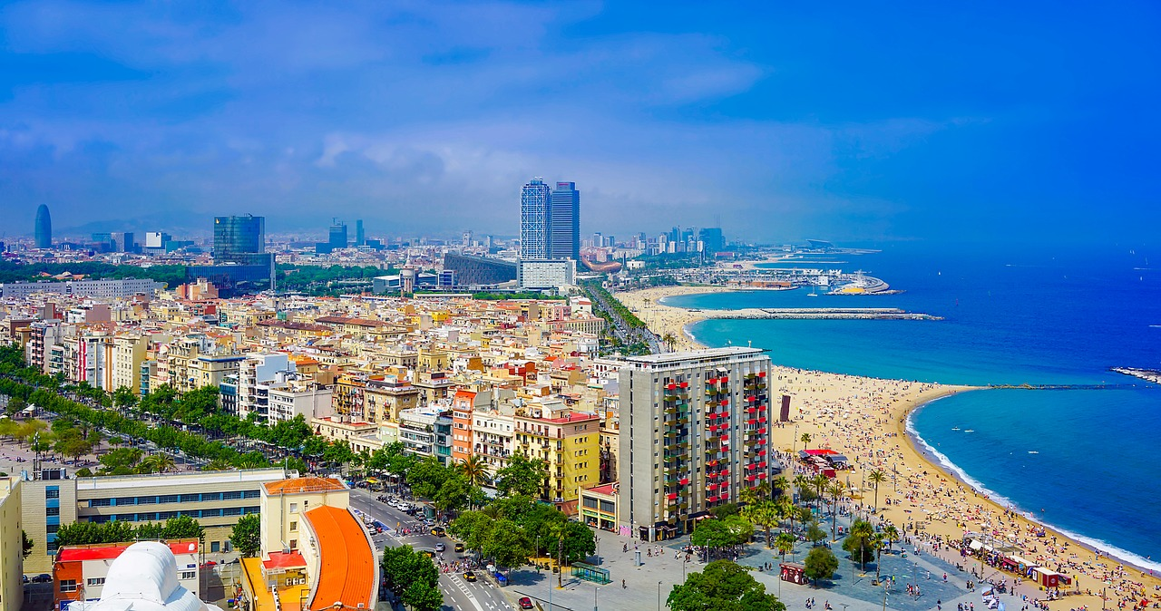 The beach is on Barcelona's doorstep CC0 Pixabay
