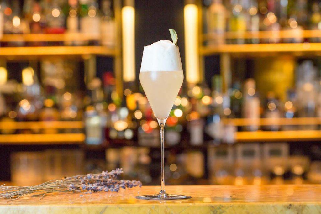 Blakes Hotel, The Roland Garden Cocktail | © PurplePR/Jason Baileya