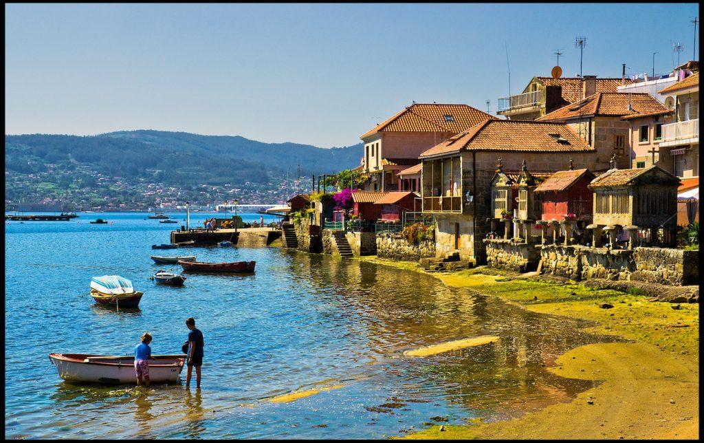 Combarro, Galicia | ©Guillén Pérez / Flickr