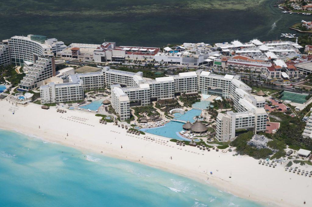 Westin Laguna Mar Ocean Resort | Courtesy of Westin Laguna Mar Ocean Resort Villas & Spa