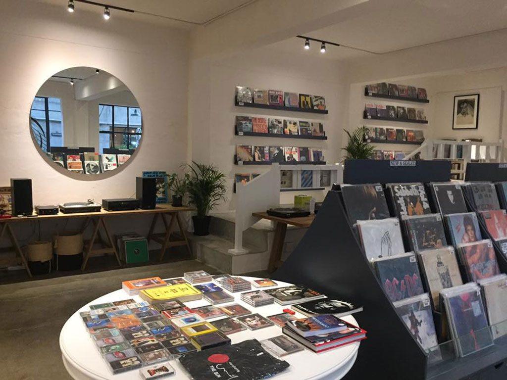 Best vinyl store Mr Vinyl