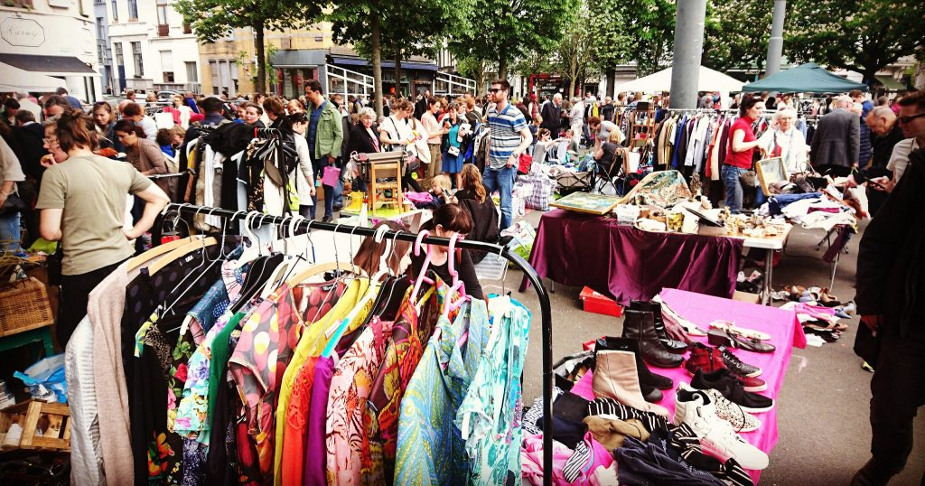 Flea market on the Dageraadplaats | © Live in Belgium / Flickr