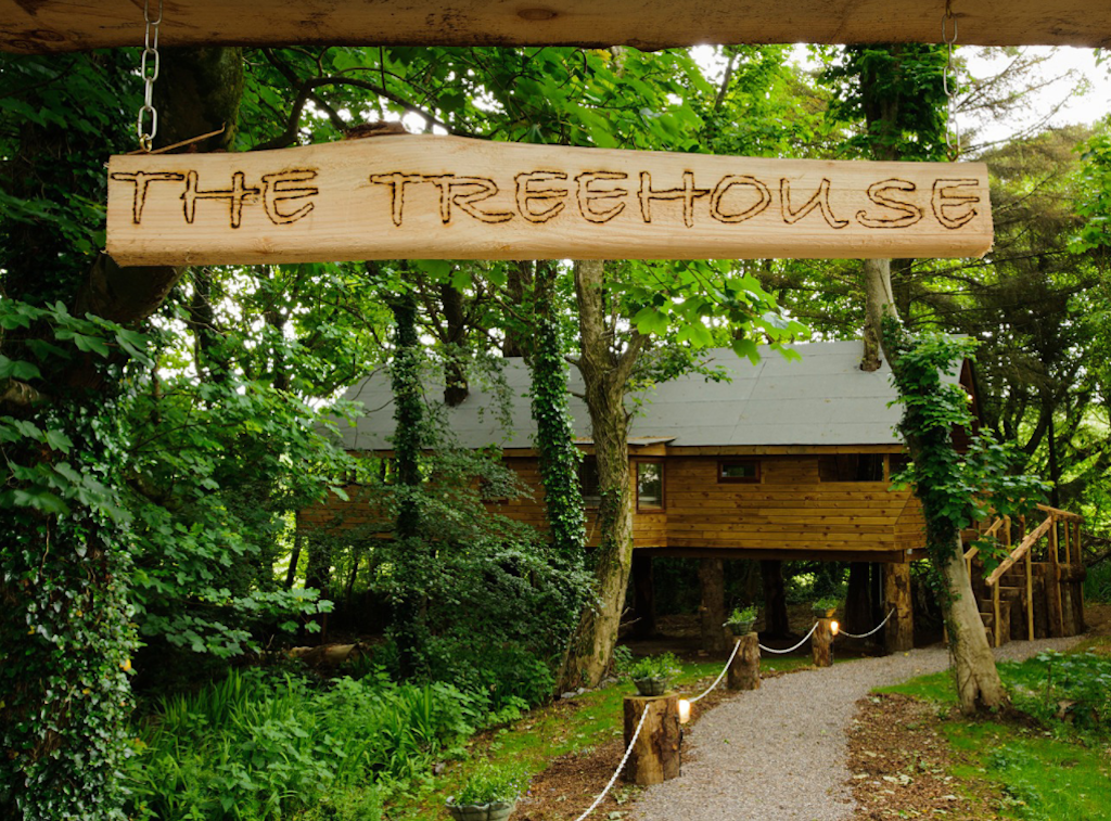 Treehouse One at Grove House | Courtesy of Cottages for Couples