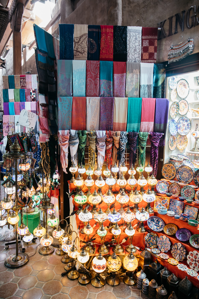 The Best Places To Buy Souvenirs In Dubai