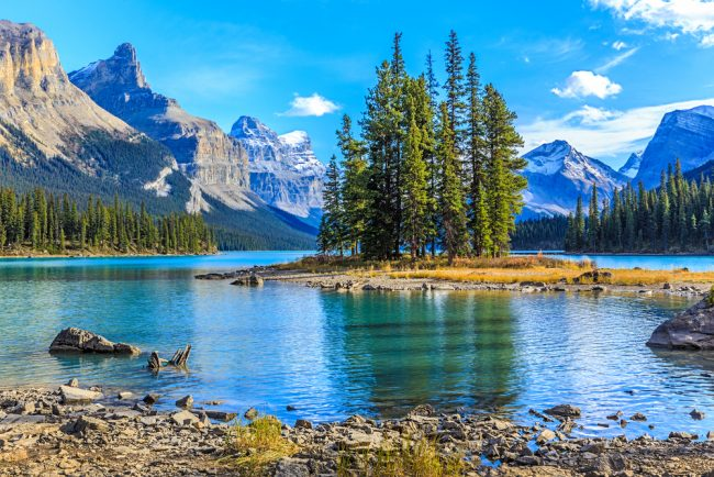 The Most Beautiful Places To Enjoy The Canadian Rockies