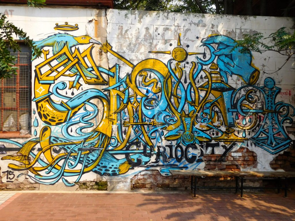 Street art Curiosity Backpackers