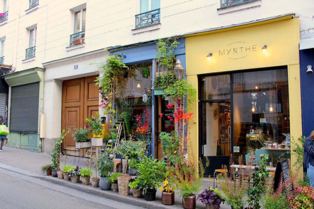 Streetfront at Bleuet Coquelicot │ Courtesy of Bleuet Coquelicot