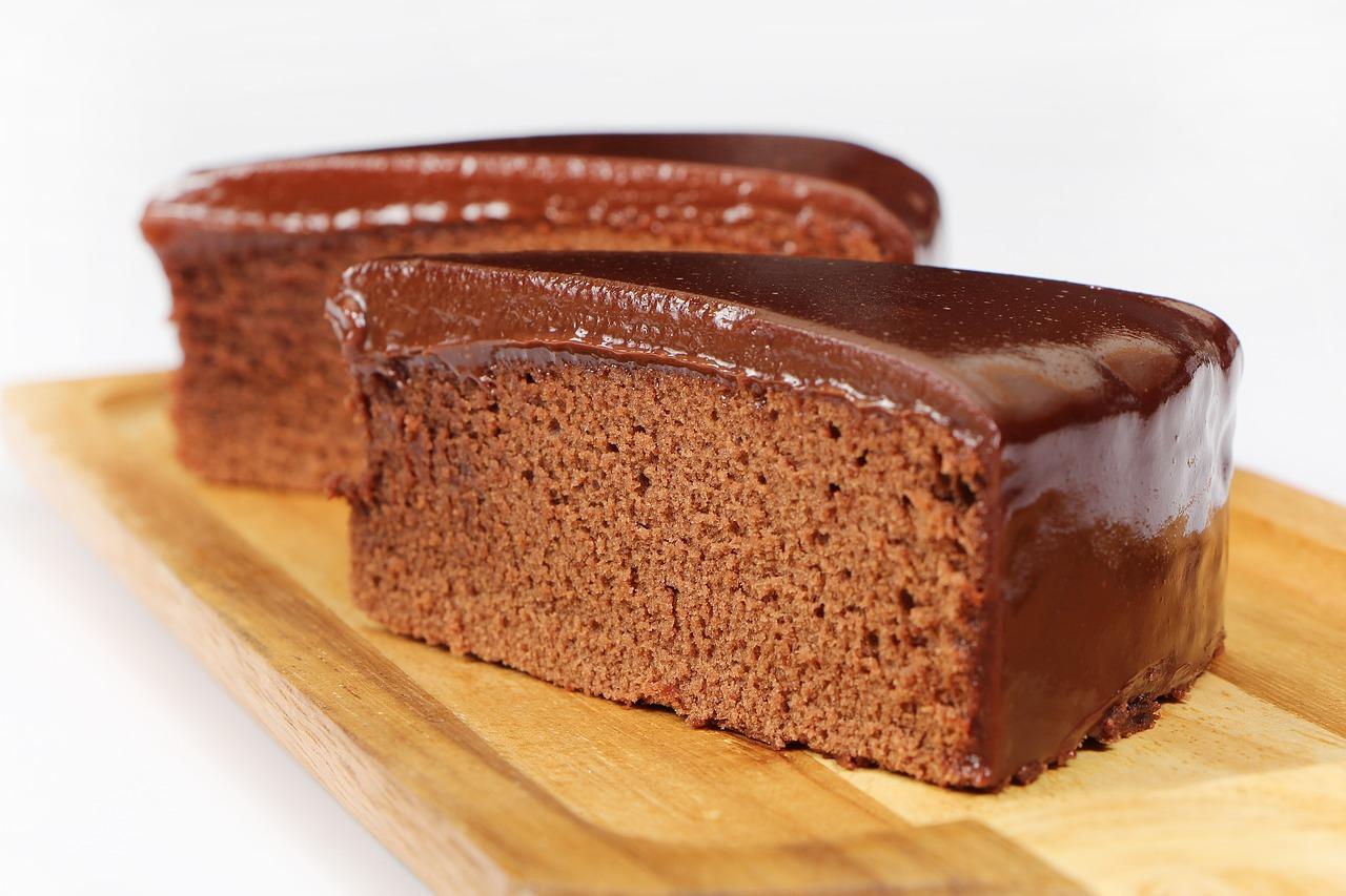 https://pixabay.com/es/tortas-de-sueco-tarta-de-chocolate-2123192/