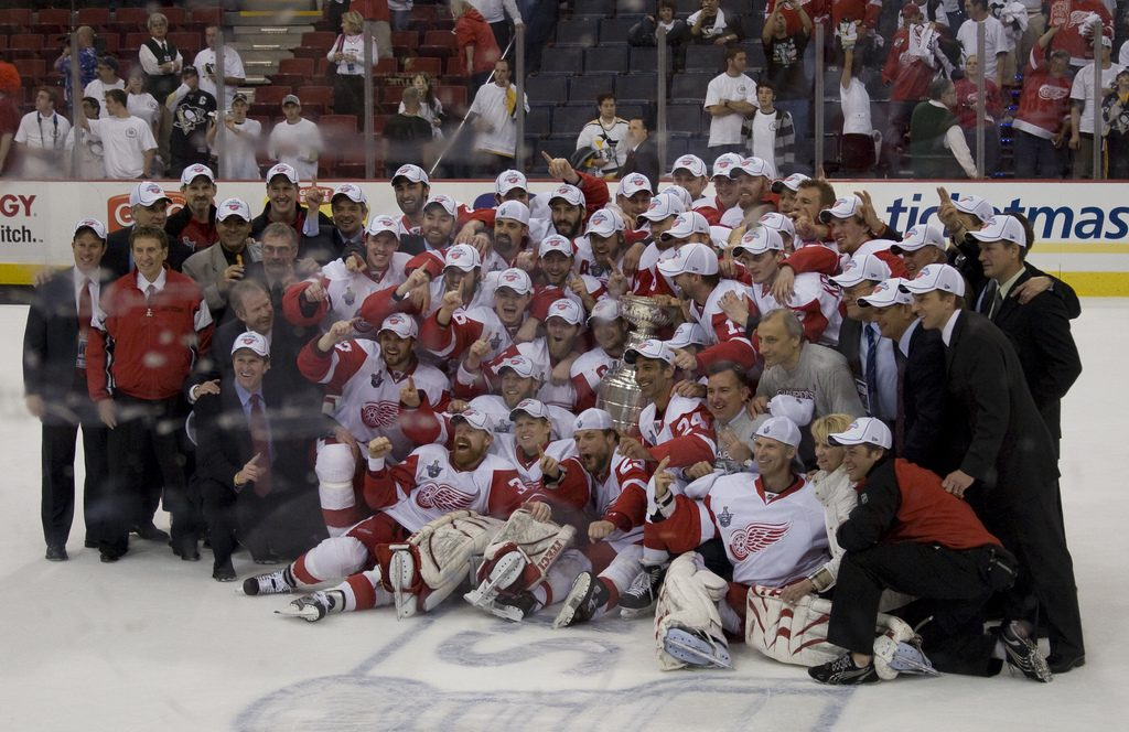The Detroit Red Wings with the 2008 Stanley Cupstanle | © Michael Righi/Flickr