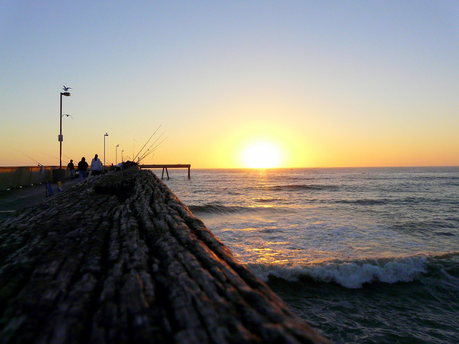 Sunset from Pacifica Pier | ©Dawn Ellner/Flickr