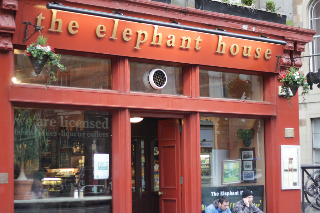 The Elephant House | © Alf Melin/Flickr