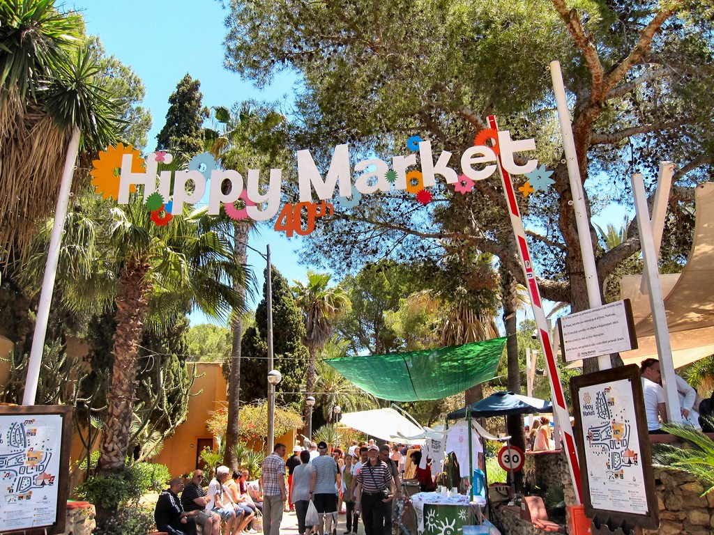 Ibiza Hippy Market © Ronald Saunders / Flickr