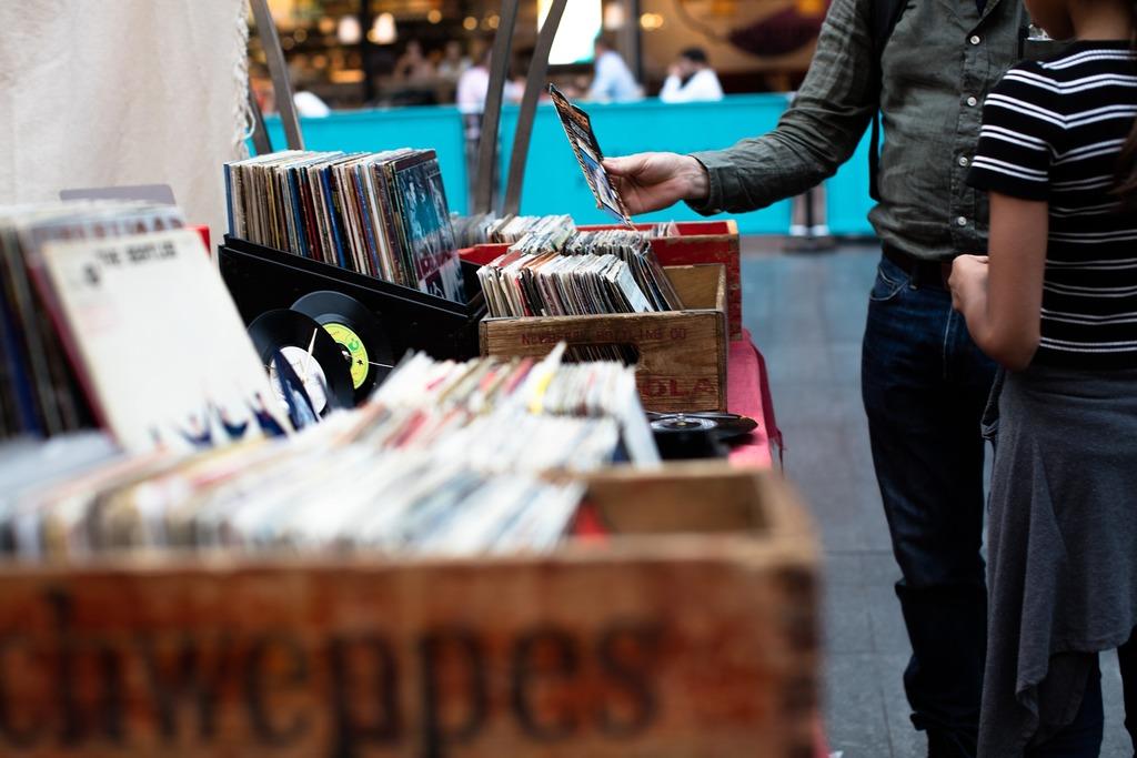 Music market in Bilbao | CC0 / Pixabay