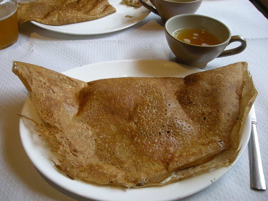 Crepe with French cider   ©Ji-Elle / Wikimedia Commons