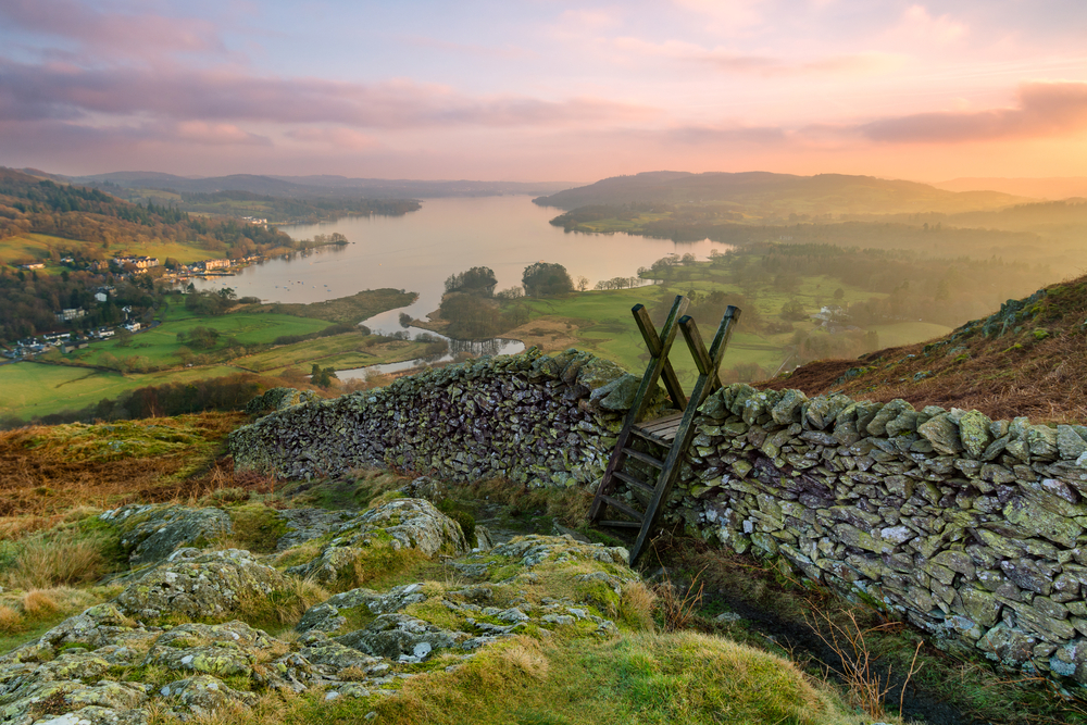 Sunset over Windermere | © Daniel_Kay/Shutterstock
