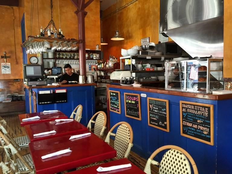 Cafe Henri | © Nikki Vargas