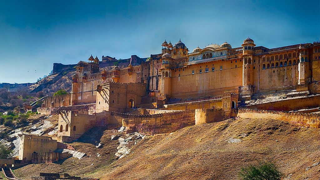 View of Amer Fort taken on a Road Trip | © TheXplorerYT / Wikimedia Commons
