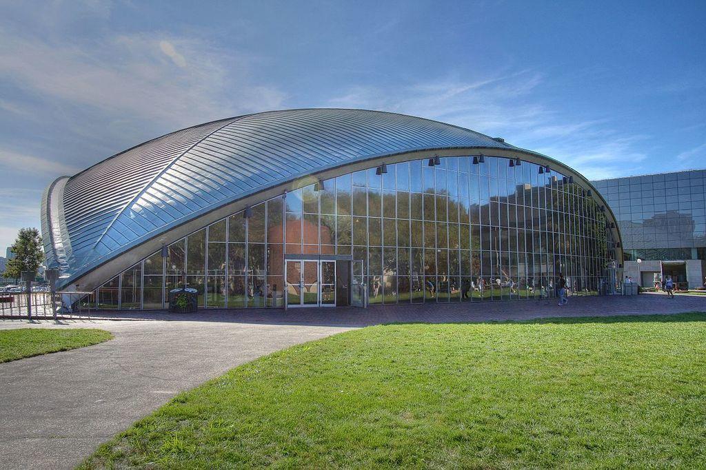 MIT Kresge Auditorium | © Madcoverboy/en.wikipedia