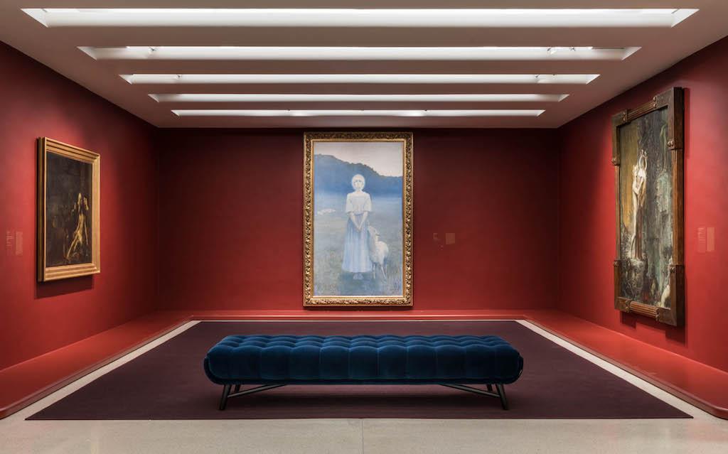 Installation view: Mystical Symbolism: The Salon de la Rose+Croix in Paris, 1892–1897 |© Solomon R. Guggenheim Foundation, 2017 / Photo: David Heald