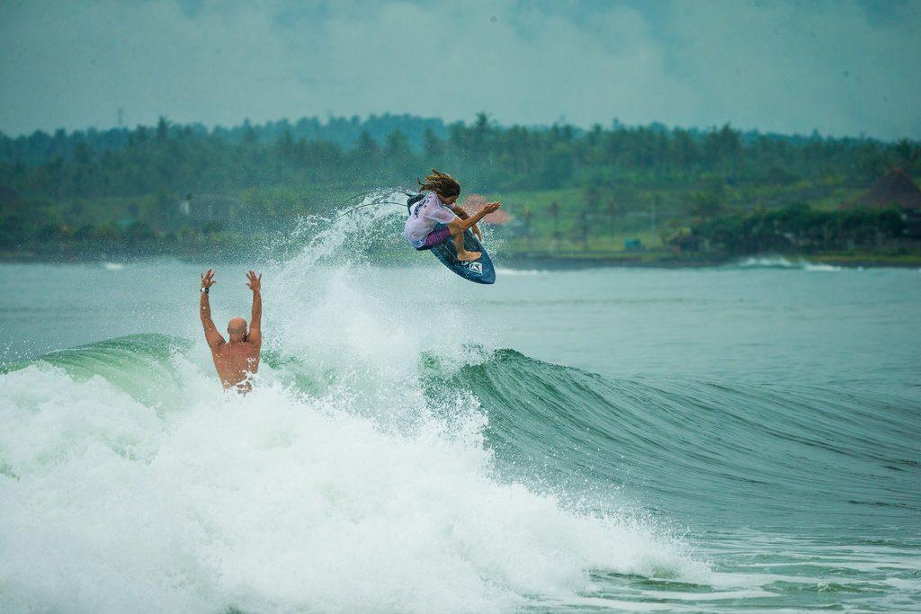 Nate Tyler getting air | © Luke Forgay/Volcom