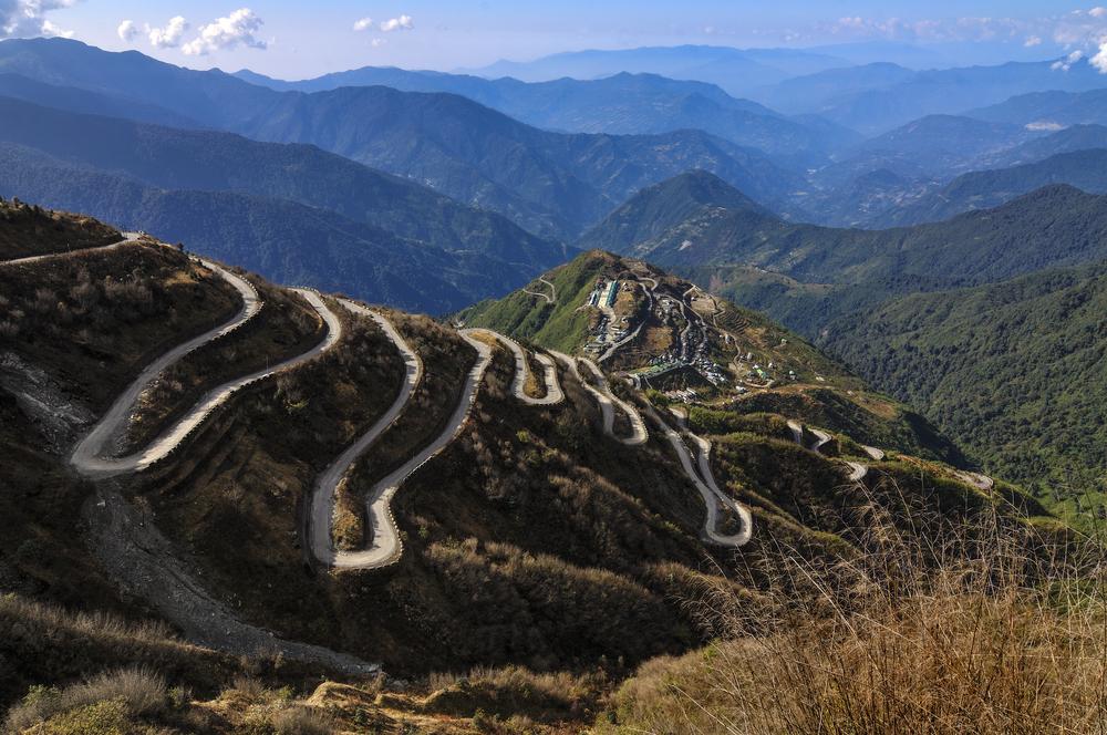 https://www.shutterstock.com/image-photo/curvy-roads-on-old-silk-route-156720314?src=x4E6SQ5ki3KOHyKcnhvrDA-1-25