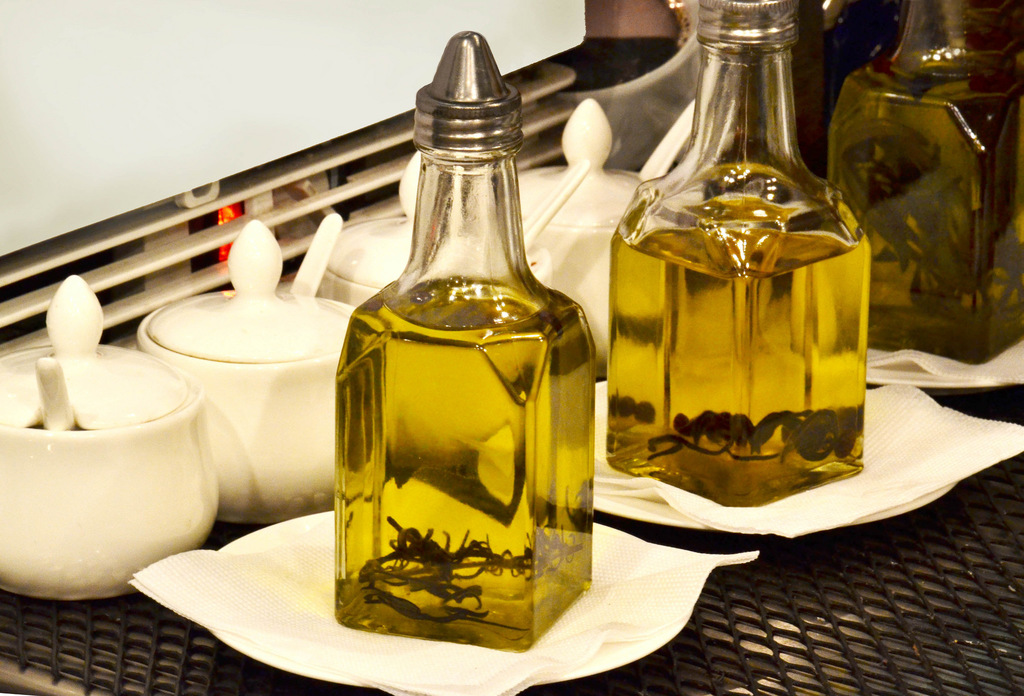 Olive oil | © Marco Verch / Flickr