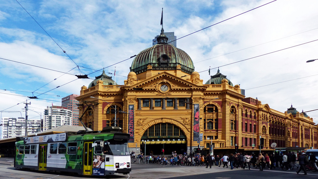12 things you didn 39 t know about flinders street station. Black Bedroom Furniture Sets. Home Design Ideas
